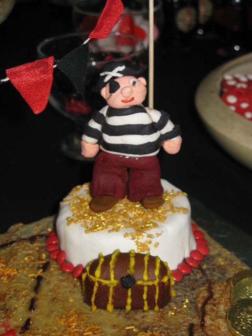 cake-pirate